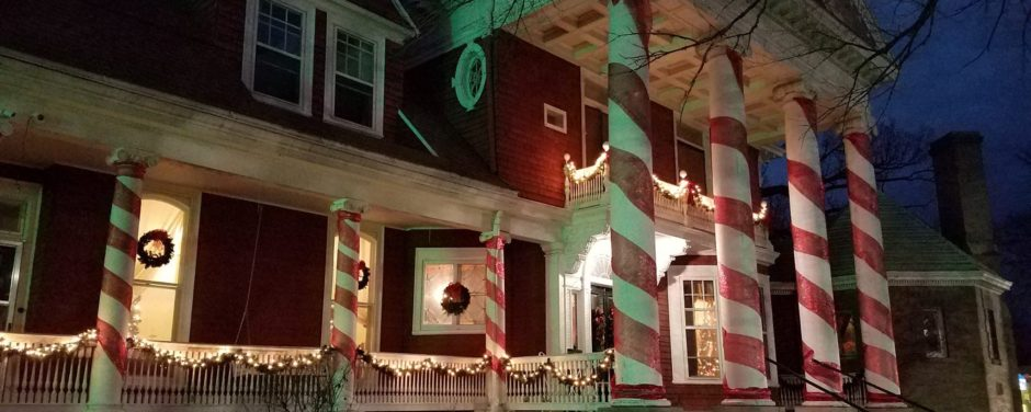 Help With Hanging Christmas and Holiday Lighting